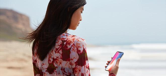 Große Probleme: Apple-Aktie fällt: Hat sich Apple mit dem iPhone X selbst ein Bein gestellt? | Nachricht | finanzen.net
