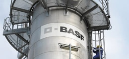 BASF-Aktie deutlich im Minus - Chemiekonzern kippt seine Ziele für 2015