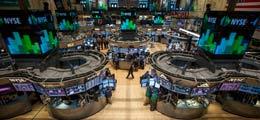 Schwaches US-BIP brockt Wall Street fallende Kurse ein