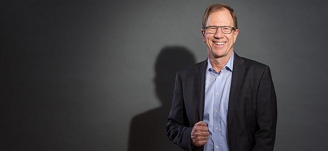 """Unternehmer des Jahres: Infineon-Chef Ploss: """"Wir werden in den Herzen dieser Autos sein""""   Nachricht   finanzen.net"""