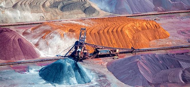 Tonnenschwere Fracht: Lukrative Rohstoff-Aktien: Wo Anleger fündig werden | Nachricht | finanzen.net