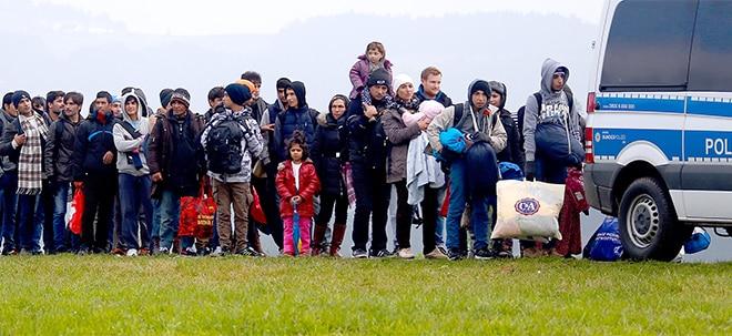 Euro am Sonntag-Mailbox: Versicherung: Wer zahlt, wenn ein Flüchtling keine Haftpflicht-Police hat? | Nachricht | finanzen.net