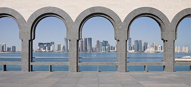 Trotz Dollar-Kopplung: Verschärfte Golf-Krise bringt Katars Landeswährung zum Absturz   Nachricht   finanzen.net