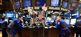 Aktien New York Schluss: Wachstumsdaten und Bilanzen treiben Wall Street