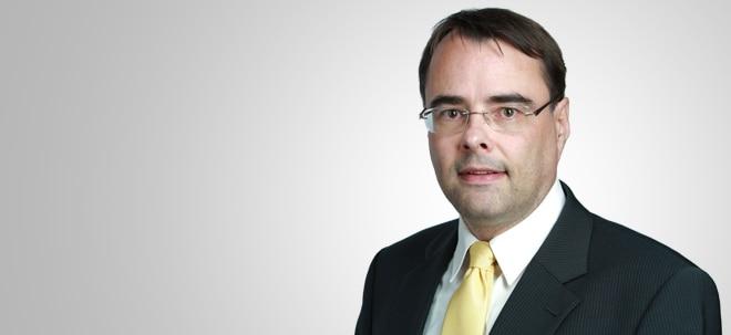 DaxVestor-Kolumne: UBS-Aktie: Kursexplosion dank Umstrukturierung | Nachricht | finanzen.net