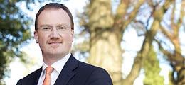 Interview: Wirtschaftsweiser: Höhere  Abwärtsrisiken | Nachricht | finanzen.net