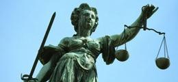 : Россия рухнула до уровня Африки в мировом рейтинге верховенства закона