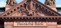 Hilfe aus der Politik: Deutsche-Bank-Chef ruft nach Steuerrazzia Ministerpräsident an | Nachricht | finanzen.net