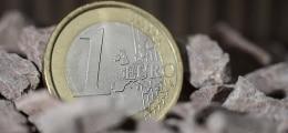 Unsicherheit bleibt: Eurokurs fällt unter die Marke von 1,25 Dollar | Nachricht | finanzen.net
