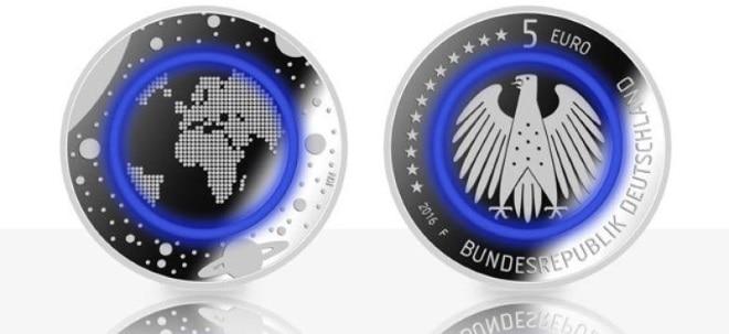 Blauer Planet Erde Neue Fünf Euro Münze Kommt Am Donnerstag