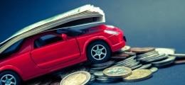 Слабеющий рубль приподнял продажи автомобилей в сентябре