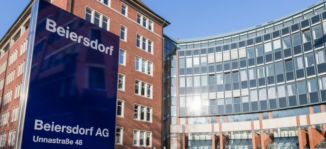 Daumen gehoben: Berenberg hebt Beiersdorf auf 'Buy' - Beiersdorf-Aktie stark | Nachricht | finanzen.net