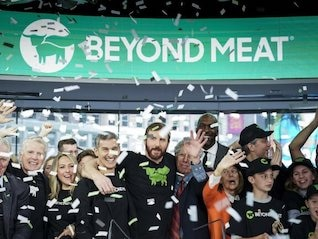 : Beyond Meat jumps on report that Impossible Burger shortages have hit restaurants (BYND)