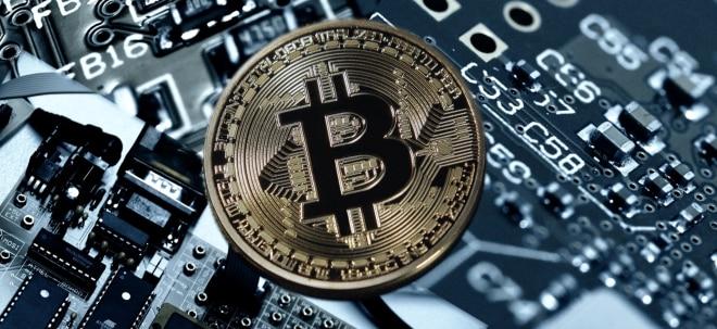 Bitcoin klimt 200 dollar op dag dat hij vorig jaar zijn all-time high bereikte