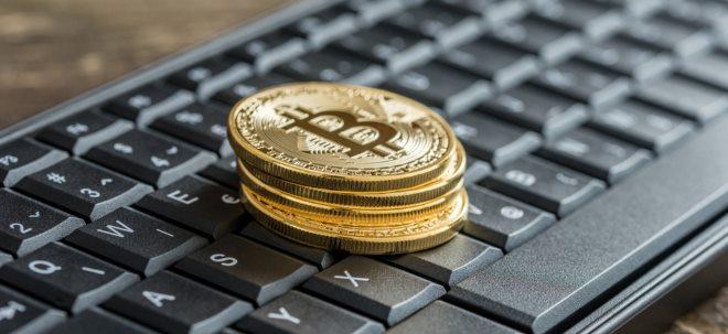 BTC-Abschwächung: Erneute Bitcoin-Spekulationen: Kommt der 30-Prozent-Crash beim Krypto-Gold? | Nachricht | finanzen.net
