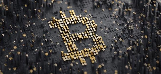 Kryptowährung unter Druck: Bitcoin bricht weiter ein und fällt zeitweise unter 8.000 Dollar | Nachricht | finanzen.net