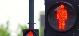 Massiver Verlust: Kontron-Aktie nach tiefroten Zahlen unter Druck | Nachricht | finanzen.net