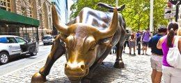 Aktien auf Gipfelkurs: Aktienmärkte: Warum sie weiter steigen werden | Nachricht | finanzen.net