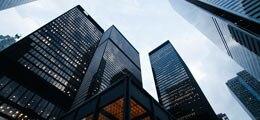 FINANS: Bankjättar riggade kundernas köpkurser - nu tvingas de böta halv miljard