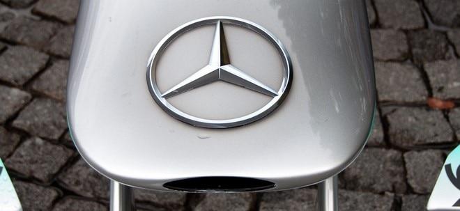 Elektro-Offensive: Daimler-Betriebsratschef warnt vor Jobverlusten durch E-Mobilität | Nachricht | finanzen.net
