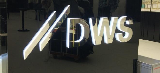 Optimistische Prognose: DWS-Aktie in Grün: Deutsche-Bank-Fondstochter erhöht Prognose - Starkes zweites Quartal | Nachricht | finanzen.net