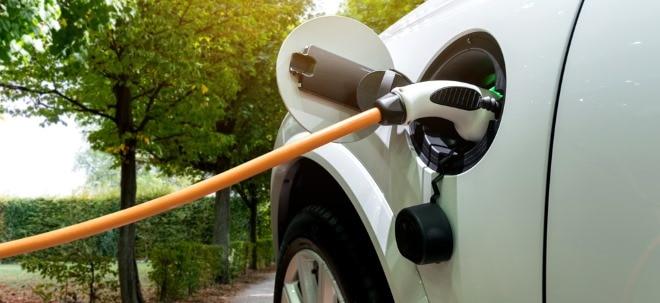 Studie: Autos mit Elektromotor überholen Verbrenner 2030