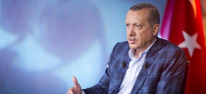 Wirtschaft ankurbeln: Gold & Co. soll reinvestiert werden: Erdogan ruft Türken nach Lira-Verfall zur Investitionen auf   Nachricht   finanzen.net