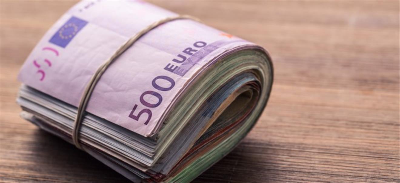 Glück durch Konsum Schneller als es verdient wurde Warum Geld ...