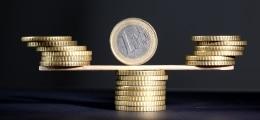 Unter 1,30 Dollar: US-Arbeitsmarktdaten setzen Euro unter Druck | Nachricht | finanzen.net