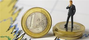 Leitzins im Fokus: Schwache Euroraumkonjunktur: Eurokurs erreicht neues Tief seit 2017