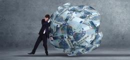 Mit großer Mehrheit: Bundestag stimmt neuen Griechenland-Finanzhilfen zu | Nachricht | finanzen.net
