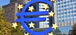 Weitere Zinssenkung?: EZB-Chef Draghi zweifelt an Konjunkturerholung | Nachricht | finanzen.net