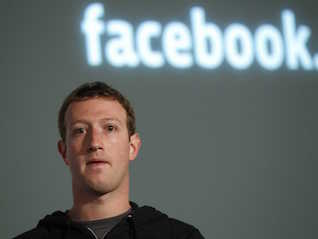 : Dow plunges more than 300 points — tech stocks crushed by news of Facebook breach