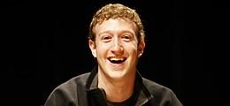 Facebook: Zuckerberg in Russland: Ein Facebook-T-Shirt für Medwedew | Nachricht | finanzen.net