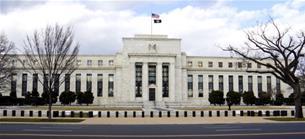Fed-Entscheid: Keine Leitzinsänderung: US-Notenbank hält nach US-Wahlen zunächst die Füße still - Handlungsbereitschaft bekräftigt