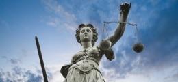Vorwurf der Bestechlichkeit: Staatsanwaltschaft Hannover erhebt Anklage gegen Wulff | Nachricht | finanzen.net