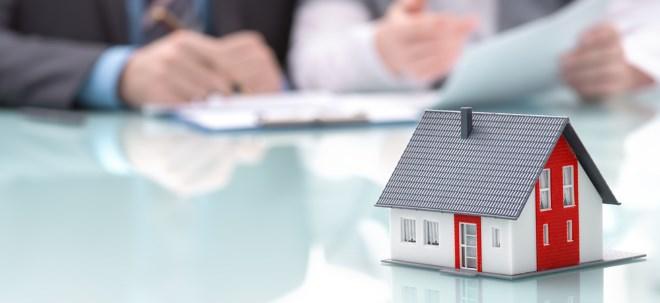 Niedrige Zinsen: Mit einem Eigenheim das Vermögen sichern? - Diese Gefahren lauern beim Immobilienkauf