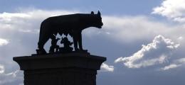 Italien Anleihen: Italien muss Anlegern in Wahlwoche höhere Zinsen bieten | Nachricht | finanzen.net