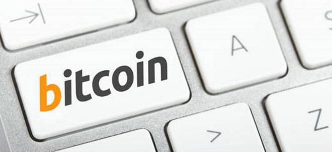 Krypto-Höhenflug: Bitcoin markiert neues Rekordhoch: 50.000-Dollar-Marke fest im Blick - Interesse von Profi-Investoren steigt   Nachricht   finanzen.net