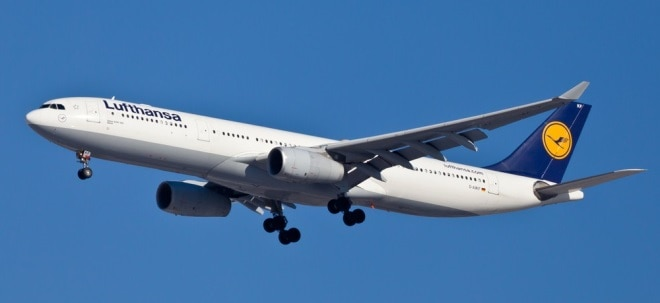 Flugverkehr eingebrochen: Lufthansa-Aktie fällt auf rotes Terrain: Corona-Krise brockt weiteren Milliardenverlust ein - Betriebsbedingte Kündigungen | Nachricht | finanzen.net