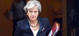 """: Британия утвердила """"черный список"""" кремлевских олигархов"""