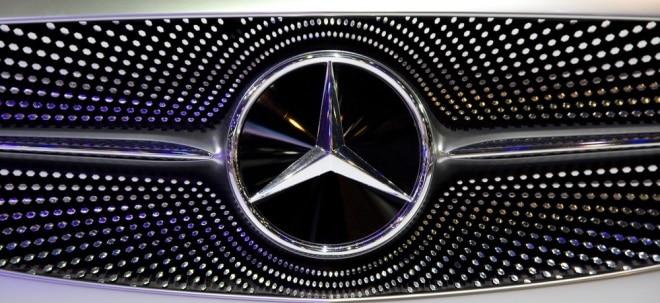 Trotz Rekordabsatz: Daimler-Aktie dreht ins Minus: Operativer Gewinneinbruch belastet jedoch kaum