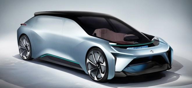 Überraschende Ankündiung: Tesla-Konkurrent NIO verschiebt Produktionsbeginn seiner E-Limousine | Nachricht | finanzen.net