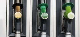 Trotz Ferienzeit: ADAC: Keine Bewegung beim Benzinpreis | Nachricht | finanzen.net