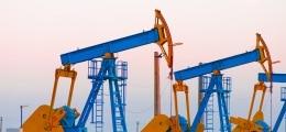 Schwacher Dollar stützt: Ölpreise bauen Kursgewinne aus | Nachricht | finanzen.net