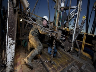 : Canadian oil producer Encana posts quarterly profit (ECA)
