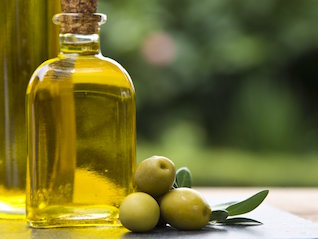 : You're eating a lot of bad, rotten olive oil — here's how to find the real stuff