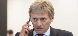 «Я не буду, я не хочу»: Песков отказался комментировать «присмотр» за Навальным