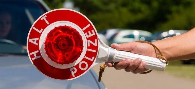 Busspuren-Reform: Scheuer will härtere Strafen für Verkehrssünder | Nachricht | finanzen.net