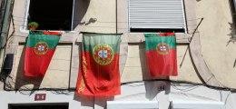 Euro-Krisenländer: Neue Massenproteste gegen Sparpolitik in Spanien und Portugal | Nachricht | finanzen.net